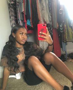 Short Hair Designs For Ladies Baddie Hairstyles, Cute Hairstyles, Little Girl Hairstyles, Black Women Hairstyles, Selfie Foto, Short Hair Designs, Curly Hair Styles, Natural Hair Styles, Short Dark Hair