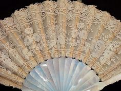 Who wouldn't want a lace fan like this?