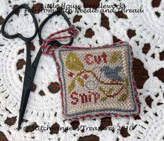 Stitchyangel's Treasures blog: cut and snip cross stitch scissor fob
