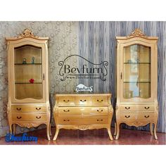 Golden armoire set