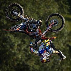 Backflip shaolin Kawasaki Ninja Bike, Kawasaki Dirt Bikes, Motocross Videos, Motocross Quotes, Offroad And Motocross, Motocross Racing, Atv, Bmw Touring, Red Lamborghini