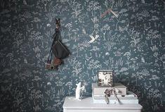 Ten stunning wallpapers for kids More Wallpaper, Wallpaper Samples, Wallpaper Online, Cottage Wallpaper, Stunning Wallpapers, Blue Wallpapers, Kids Collection, Blue Rooms, Kids Room Design