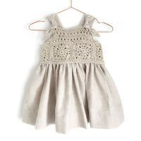 Learn How to Crochet This Fabric and Granny Squares Dress for baby and toddler. FREE Step by Step Tutorial & Pattern. Crochet Romper, Baby Girl Crochet, Crochet Baby Clothes, Baby Knitting Patterns, Crochet Patterns, Dress Patterns, Romper Pattern, Baby Dress, Girls Dresses