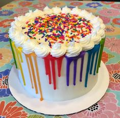 Toddler Birthday Cakes, Cute Birthday Cakes, Birthday Drip Cake, Colorful Birthday Cake, Sweet Cakes, Cute Cakes, Art Party Cakes, Bolo Original, Neon Cakes