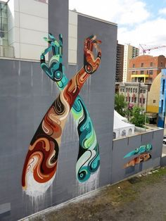 James Reka alias REKA (street artiste australien basé à Melbourne) a été récemment invité au premier festival de street art de Montréal (Québec).