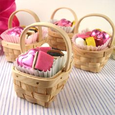 $21 Mini Picnic Basket - 12 pcs - Favor Boxes - Favor Packaging - Wedding Favors & Party Supplies - Favors and Flowers