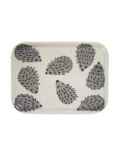 Prickly but kind-hearted. This little tray with hedgehogs is the perfect size for a sandwich. Or for keeping pens and small items.Design Fine Little Day Scandinavian Home Interiors, Scandinavian Design, Kitchen Tray, Kids Poster, Interior Plants, Gift Store, Bedding Collections, Cushion Covers, Home Art