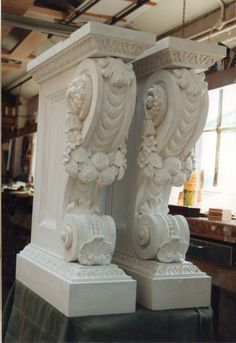 Legs fully assembled and painted. Architectural Salvage, Architectural Elements, Stone Carving, Wood Carving, Stone Molds, Stuck, Facade House, Wall Sculptures, Consoles