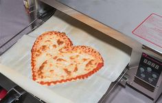 Ribalta's Chef Pasquale Cozzolino is the new recipe advisor for BeeHex's 3D printed pizzas