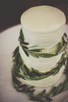 White cake with olive leaves | Utah Wedding via Engaged & Inspired