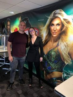 Cain Velasquez and Ronda Rousey hanging out at WWE Headquarters. Ronda Rousey Fight, Ronda Rousey Wwe, Cain Velasquez, Wrestlemania 35, Stephanie Mcmahon, Monica Brant, Wwe Tna, Brock Lesnar, Michelle Lewin