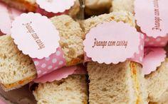 Lanchinhos de pão de forma com diferentes recheios são uma dica de petisco de fácil preparo e que agradam todo mundo. Foto: Reprodução/Pinterest