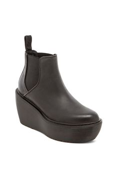 Dr. Martens Aerial Chelsea Boot in Black | REVOLVE