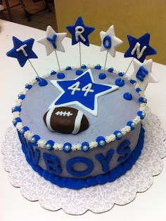 Dallas Cowboys Cake. Fricking Amazing!