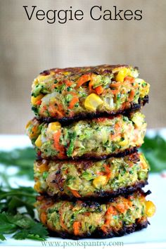 Crispy, easy veggie cakes made with grated vegetables – carrots, zucchini, broccoli and corn. Great for lunches, side dish or your small picky eaters. Fluffy Vegetable Cakes perfect for a side or a Meatless Monday meal Tasty Vegetarian Recipes, Good Healthy Recipes, Whole Food Recipes, Diet Recipes, Cooking Recipes, Keto Veggie Recipes, Red Lentil Recipes, Homemade Veggie Burgers, Vegetarian Meals For Kids