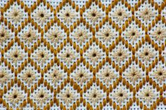 Hardanger Embroidery, Hand Embroidery Stitches, Embroidery Techniques, Embroidery Patterns, Needlepoint Stitches, Needlework, Lace Drawing, Swedish Weaving, Chicken Scratch