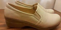 Ingaro women's size 7.5 ivory leather occupational nursing shoes clogs non skid