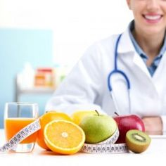 Nutrition and Dietetics (Dietitian) Careers.Nutritionists and dieticians are health professionals, it is the primary duty of a patient to read healthy food. Weight Loss Juice, Weight Loss Smoothies, Fast Weight Loss, Lose Weight, Nutrition And Dietetics, Nutrition Products, Health Goals, Health Tips, Sports Nutrition
