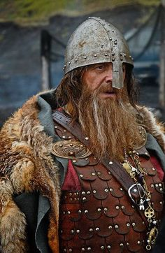 Medieval Armour and Shields Viking Armor, Viking Men, Viking Life, Medieval Armor, Medieval Fantasy, Viking Garb, Medieval Helmets, Viking Helmet, Armadura Medieval