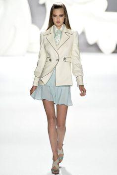 Carolina Herrera Spring 2013 Ready-to-Wear Fashion Show - Lindsey Wixson