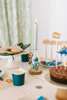 Dinosaurier Kindergeburtstag Kids Party Decorations, Candles, Delicious Snacks, Kuchen, Game Pieces, Present Wrapping, Game Ideas, Craft Tutorials, Candy
