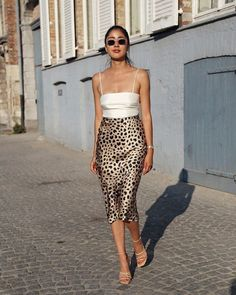 Silk cami, midi leopard skirt and nude strappy sandals, # sandals summer trends Perfect summer outfit. Silk cami, midi leopard skirt and nude strappy sandals, Rock Outfits, Girly Outfits, Spring Outfits, Cute Outfits, Dressy Summer Outfits, Summer Outfits Women 20s, Holiday Outfits Women, Casual Outfits, Beach Outfits