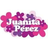 La muñeca Juanita Pérez, es una muñeca de vinil, articulada, con ojos movibles y con cabello en distintos tonos. Puedes vestirla de varias maneras y peinarla como quieras, ya que cuenta con una gran variedad de ropa, accesorios y zapatos, para que la pongas a la moda en toda ocasión. Adquierelas y sorprende a tus amigas, viendo cuanto se pueden divertir.