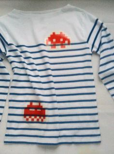 Space invaders Tshirt Space Invaders, Diy Dress, Dressing, Stripes, Sewing, T Shirt, Outfits, Tops, Women