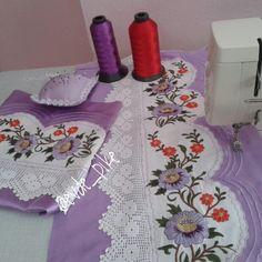 Pike Örnekleri ve Dantel Pike Modelleri 10 Bed Sheets, Sewing Crafts, Upholstery, Crafts For Kids, Embroidery, Rugs, Crochet, Fabric, Handmade