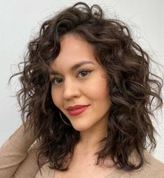 50 Natural Curly Hairstyles & Curly Hair Ideas to Try in 2021 - Hair Adviser