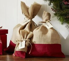 Red Dipped Burlap Bag  http://rstyle.me/n/c749xpdpe