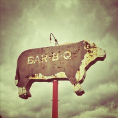 reminds me of all the BBQ joints in TX