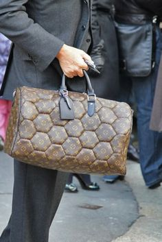 the BAG | LV