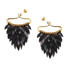 Ayaka Nishi Black Fishscale Earrings ($260) ❤ liked on Polyvore featuring jewelry, earrings, black, fish jewelry, special occasion jewelry, leather jewelry, cocktail jewelry and drop earrings