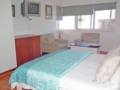 Sir David Baird Self-catering Rooms - We offer two luxury bedrooms located on the ground floor, with separate entrances and just a stone's throw from the beach.  Blouberg is associated with pristine beaches and the world-famous views of Cape ... #weekendgetaways #bloubergstrand #southafrica