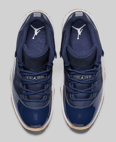 AIR-JORDAN-11-RETRO-LOW-MIDNIGHT-NAVY-TOP.jpg