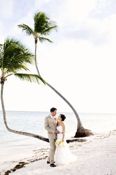 Photography: Angie Silvy Photography - angiesilvy.com   Read More on SMP: http://stylemepretty.com/vault/gallery/14516