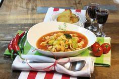 Und zuhause gabs dann: Minestrone mit marktfrischem Gemüse (Seite 80 und 81 aus dem Kochbuch von www.vegan-4-you.com)