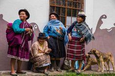 Femmes de la communauté de Bacpancel dans la paroisse de San Juan. Partage du quotidien avec les voyageurs