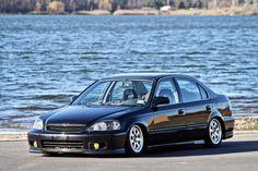 Honda Civic Vtec, Honda Civic Sedan, Honda Crv, Cool Wallpapers For Phones, Car Gadgets, Import Cars, Japanese Cars, Jdm Cars, Dream Cars