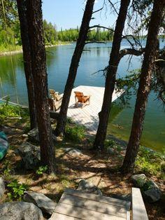 Un chalet au Canada avec cette vue là et le canoë rouge qui va avec :-)