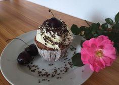 Kuchen-Rezepte - Backen mit Christina Breakfast, Desserts, Brownies, Baking Tips, Cake Batter, Dough Bowl, Cherries, Morning Coffee, Tailgate Desserts