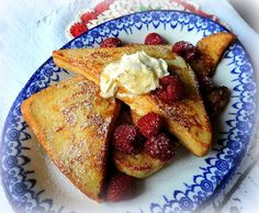 The English Kitchen: Pain Perdu with Clotted Cream & Berries Kids Cooking Recipes, Fun Easy Recipes, Special Recipes, Easy Cooking, Other Meat Recipes, Best Vegetarian Recipes, Beef Recipes, Healthy Low Calorie Meals, Low Calorie Recipes