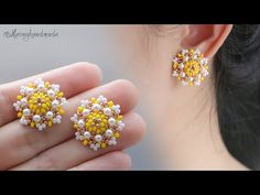 How to make beaded stud earrings MATERIALS: - seed beads colors) - pearls - round beads - stud earring findings - glu. Seed Bead Earrings, Diy Earrings, Flower Earrings, Stud Earrings, Bead Jewellery, Beaded Jewelry, Geek Jewelry, Vintage Jewellery, Wire Jewelry
