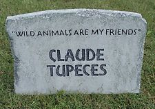 Halloween 'Claude Tupeces' tombstone prop decoration 16