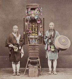 Photo of Buddhist pilgrims with portable altar.  Photographer Kusakabe Kimbei, 1880's, Japan