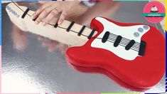Compilation of Unbelievable Cakes – birthdaycakeideas Birthday Cake Decorating, Cake Decorating Techniques, Cake Decorating Tutorials, Guitar Birthday Cakes, Guitar Cake, Video Bola, Music Cakes, Cake Hacks, Barbie Cake