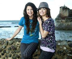 93851_Preppie_Selena_Gomez_and_Demi_Lovato_on_and_off_the_set_of_Princess_Protection_Program_in_San_Juan_Puerto_Rico_-_July_4_2008_8944_122_733lo.jpg Click image to close this window