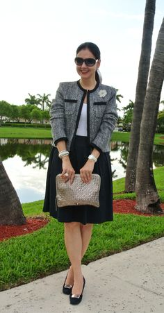Classic work look, black skirt and tweed jacket #classicstyle #classicfashion