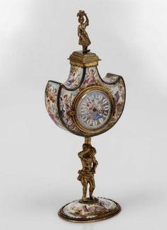 19TH CENTURY VIENNESE ENAMEL CLOCK Old Watches, Antique Watches, Vintage Watches, Unusual Clocks, Cool Clocks, Retro Clock, Timer Clock, Mantel Clocks, Pocket Watch Antique